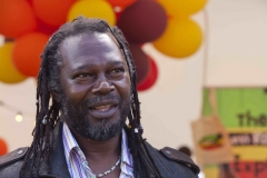 Levi-Roots_small